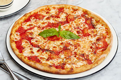 sbarro, the popular Italian eatery, has an exclusive rewards eClub for people to maximize their savings on delicious meals. When you join, you'll instantly receive a free pizza slice offer, just for signing up.